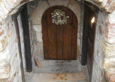porte entrée caveau domaine Poulard